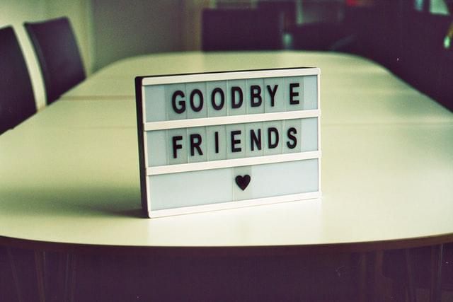 さよならの文字